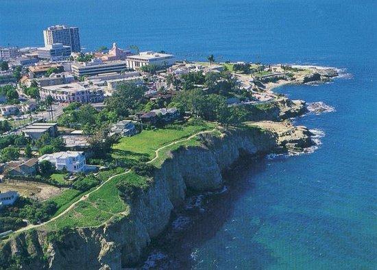 La Jolla Cove Hotel & Suites $103 ($̶1̶6̶8̶)