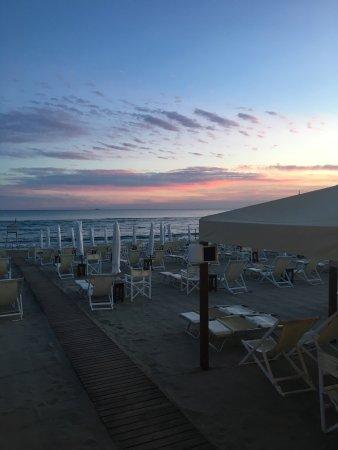 Ristorante Del Bagno Helvetia, Marina Di Massa