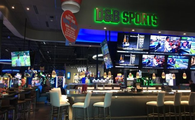 Dave Buster S Tucson Restaurant Reviews Phone Number
