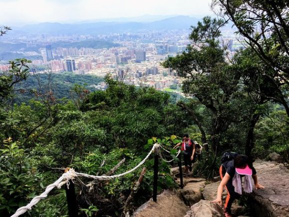 Discover the amazing Neihu district of Taipei in 4 steps 4