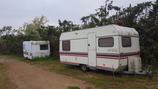 ambiance casse auto photo de camping
