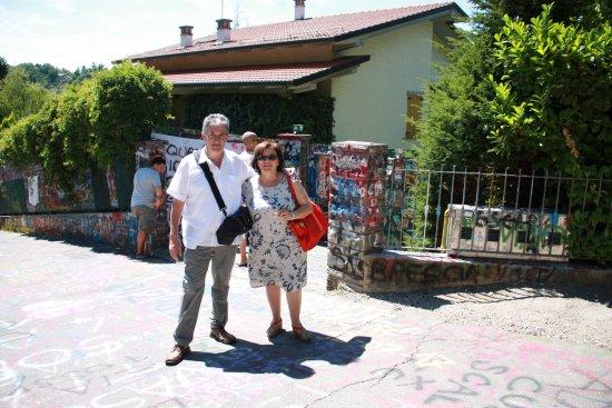 Zocca fr Verrucchia  casa di Vasco Rossi  cancello duscita  Picture of Albergo Ristorante