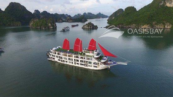 Ulasan Oasis Bay Party Cruise Halong Bay Tuan Chau