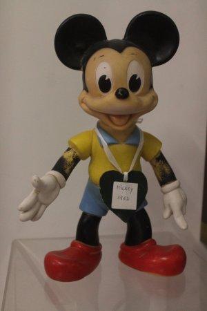 picture of musee du jouet pezenas