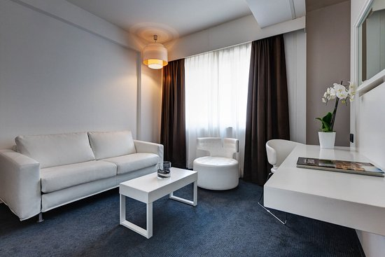 IH Hotels Roma Z3 Hotel Prezzi 2017 e recensioni
