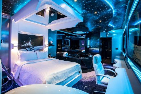 Fantasyland Hotel  Resort  UPDATED 2019 Prices Reviews
