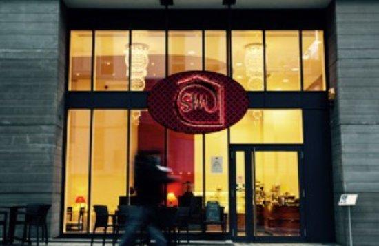 Find Restaurants Near My Location