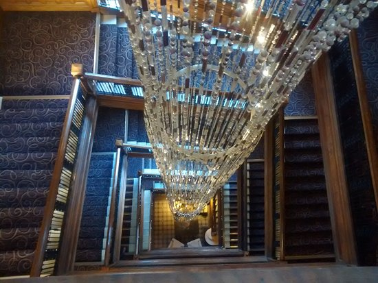 Grand Central Hotel Chandelier And Staircase