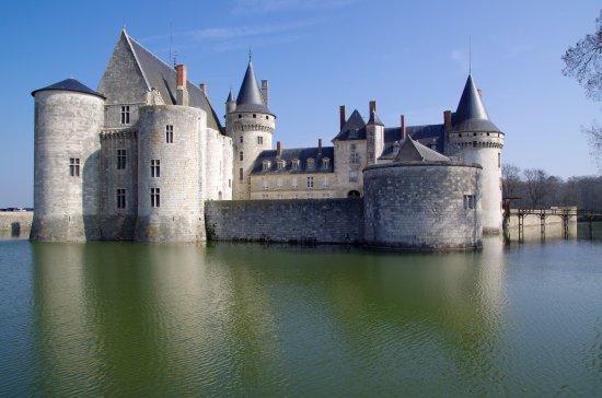 Le Chateau De Sully Les Douves Picture Of Chateau De