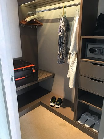 Walk In Wardrobe Picture Of Intercontinental Bandung Dago Pakar Tripadvisor