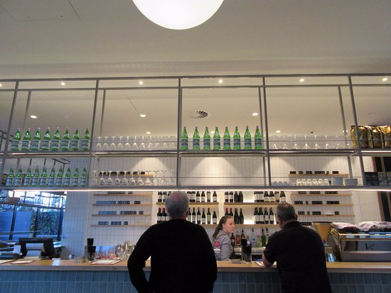 Bar Picture Of Mantra Hotel At Sydney Airport Mascot