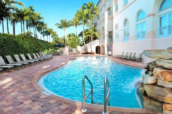 Hilton Naples 134 192 UPDATED 2018 Prices