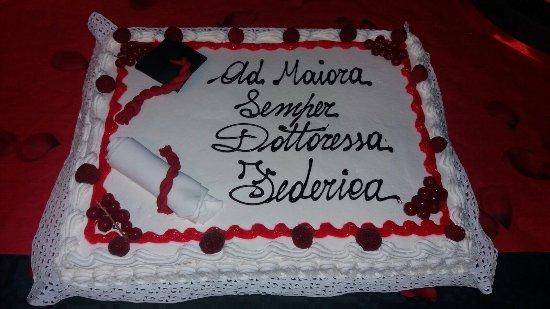 Torta di Laurea  Foto di Pasticceria Venere Torino