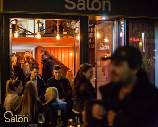 salon nightlife picture of