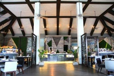 Velassaru Maldives (Velassaru Island) - Resort Reviews ...