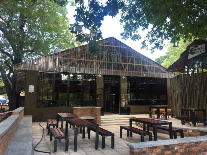 Outside sitting are - Picture of The River Brewing Company, Victoria Falls - Tripadvisor