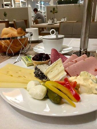 Fruhstuck Picture Of Ghotel Hotel Living Essen Tripadvisor