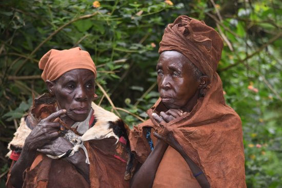 batwa pygmy women picture