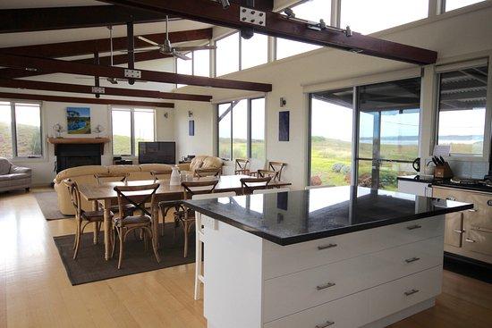 Turnstone Beach House open plan kitchendininglounge