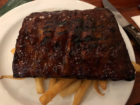 half rack beef ribs with chips