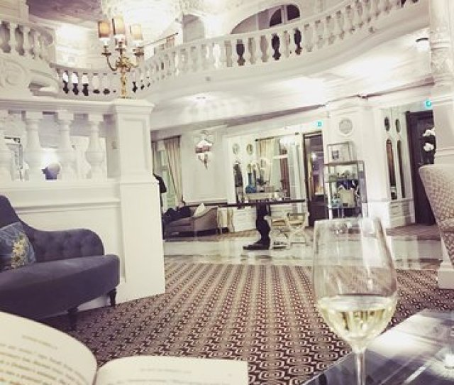 St Ermins Hotel Autograph Collection Wine Hour Free Glass Of Wine