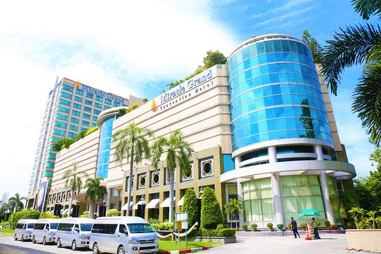 This 5 Star Convention Hotel Near Don Muang International