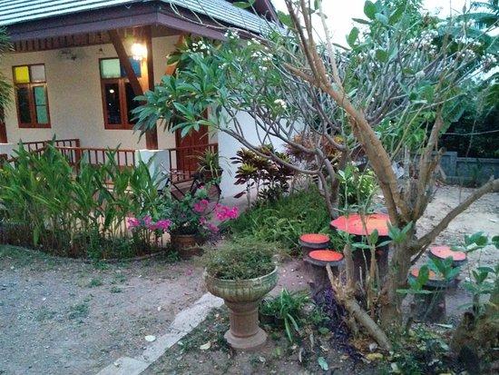 Huen Hug Hod The Resort Chiang Mai Thailand Review