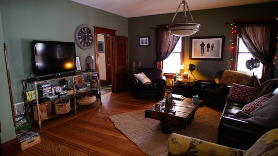 The Cozy Living Room Area With A Large Flat Screen Tv Picture Of Turning Waters Bed Breakfast And Adventure Wabasha Tripadvisor