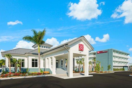 Hilton Garden Inn Key West - The Keys Collection $147 ($̶1̶5̶6̶) - UPDATED 2018 Prices & Hotel Reviews - FL - TripAdvisor