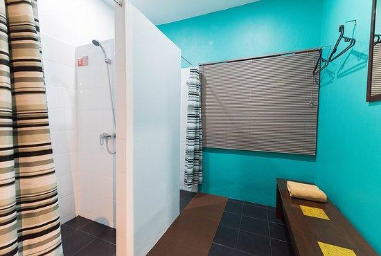 Clean Hot Cold Showers Emerald Green Mens Club Koh Samui