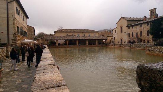 Bagno Vignoni Pictures  Traveller Photos of Bagno Vignoni Province of Siena  TripAdvisor