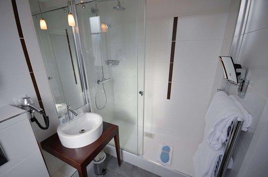 Bath Picture Of Kyriad Prestige Dijon Centre Tripadvisor