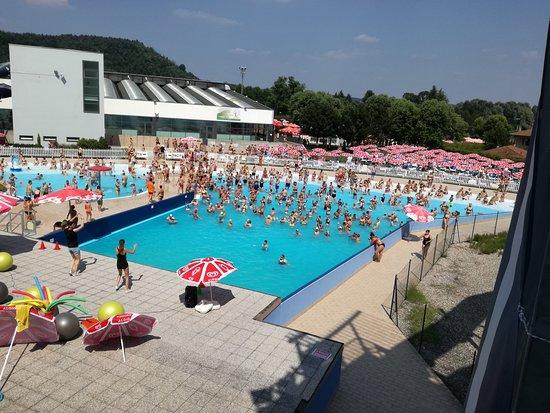 Centro sportivo e parco acquatico  Foto di Centro
