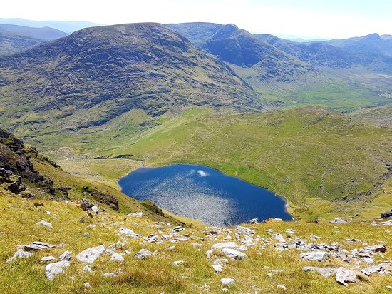 It is part of the macgillycuddy's reeks range in county kerry.cnoc na toinne lies between the coomloughra reeks and the eastern reeks, and is just above the col of the devil's ladder, a popular route. An Amazing Day In The Reeks Review Of Carrauntoohil Mountain Beaufort Ireland Tripadvisor