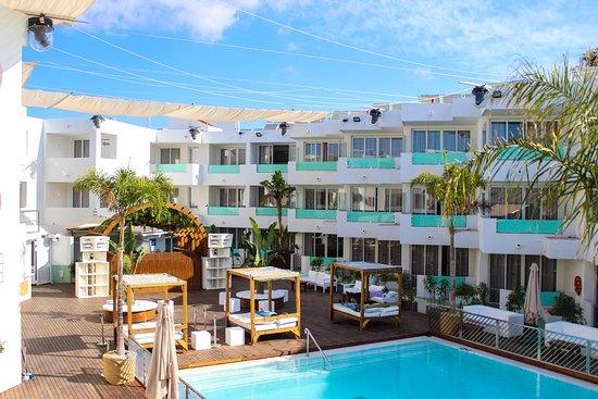APARTAMENTOS BORA BORA Hotel IbizaPlaya den Bossa Prezzi 2019 e recensioni
