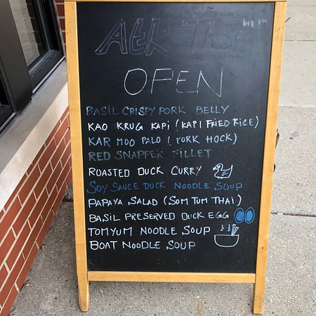 Andys Thai Kitchen Chicago  Lake View  Restaurant