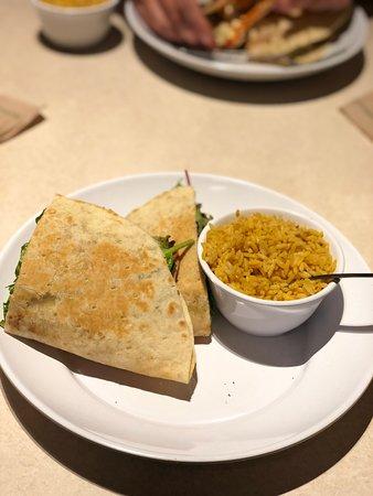 Zoes Kitchen Charlotte  6100 Fairview Rd  Restaurant