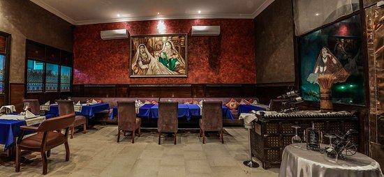 Calcutta Indian Restaurant Picture Of Golden Tulip