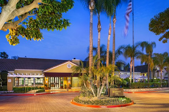anaheim hotels with kitchen near disneyland home depot flooring spacious family suites helpful staff and walking distance to review of clementine hotel