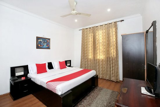 Punnu International Amritsar India Review Hotel