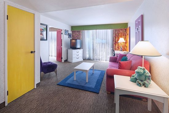 anaheim hotels with kitchen near disneyland cost to remodel suite picture of holiday inn hotel suites 1 blk