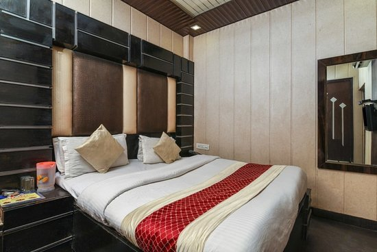 Oyo 6801 Hotel Shri Sai International New Delhi Hotel