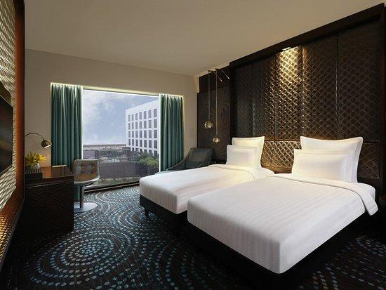 Best 5 Star Hotel Near Indira Gandhi International Airport