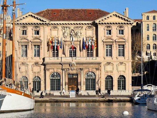 ayuntamiento de marsella - Opiniones de viajeros sobre L' Hotel de ...