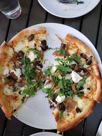 Pizzeria Autour De Moi : pizzeria, autour, ROTTEN, JOHNNY'S, WOOD-FIRED, PIZZA, Sedona, Menu,, Restaurant, Tripadvisor
