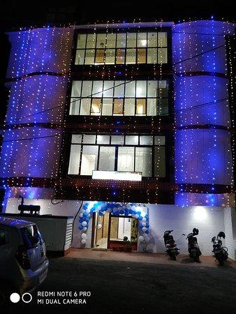 Sabsey Bekaar Hotel Review Of Hotel Island Pride Port Blair