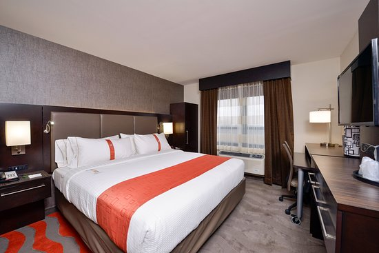 Comfortable Transit Hotel Near Jfk Review Of Holiday Inn