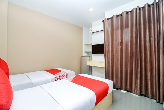 Oyo 127 D Well Residence Hotel 13 2 2 Prices