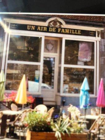 Un Air De Famille Restaurant : famille, restaurant, FAMILLE,, Becherel, Restaurant, Reviews,, Photos, Phone, Number, Tripadvisor