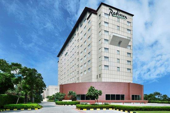 Close To Delhi Airport Review Of Radisson Gurugram Udyog